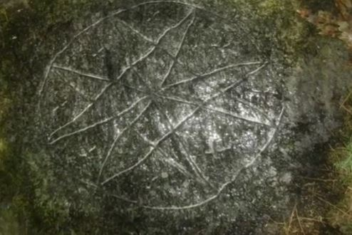 Oak-Island-Treasure-8-Pointed-Star-Rock